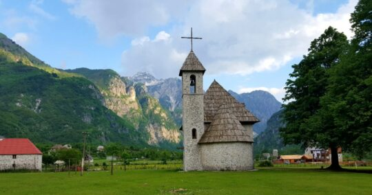 Peaks Of The Balkans - Trek Balkan - theth